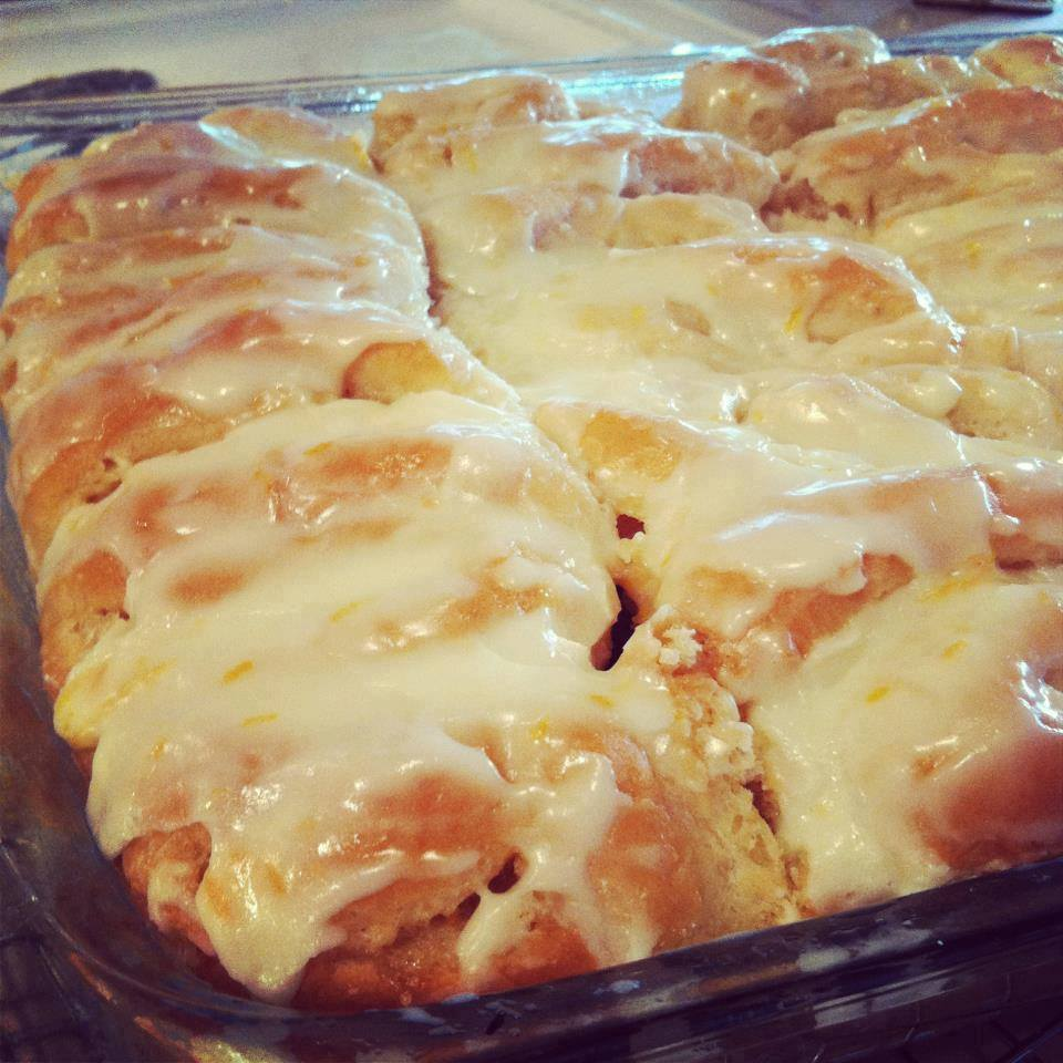 FROSTED ORANGE ROLLS