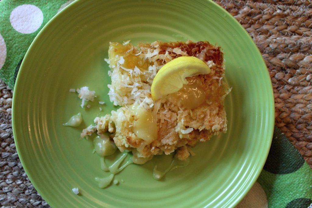 Delicious-Tropical-Lemon-Coconut-Dump-Cake