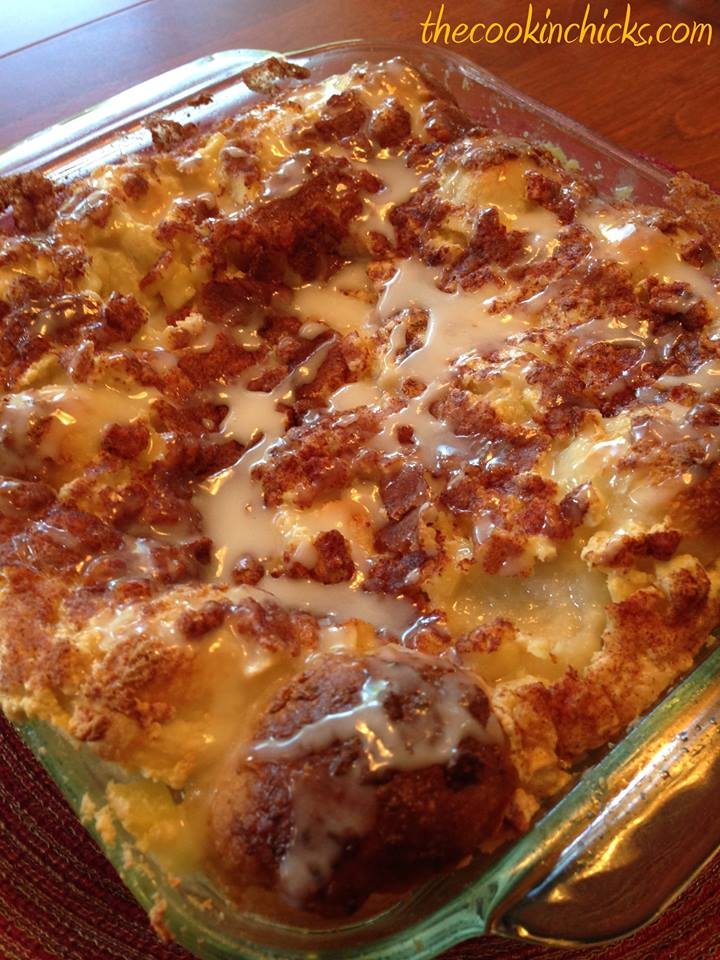 APPLE CINNAMON CREAM CHEESE BAKE