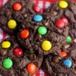 CHOCOLATE CHIP M&M CAKE COOKIES