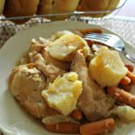 CROCK POT CHICKEN AND VEGGIES