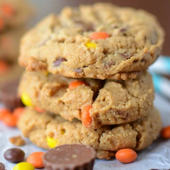 REESE'S OVERLOAD PEANUT BUTTER COOKIES