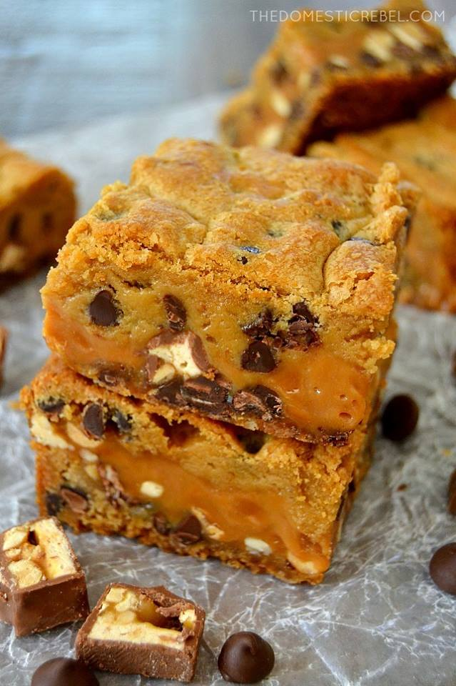 THICK AND CHEWY SNICKERS COOKIE BARS