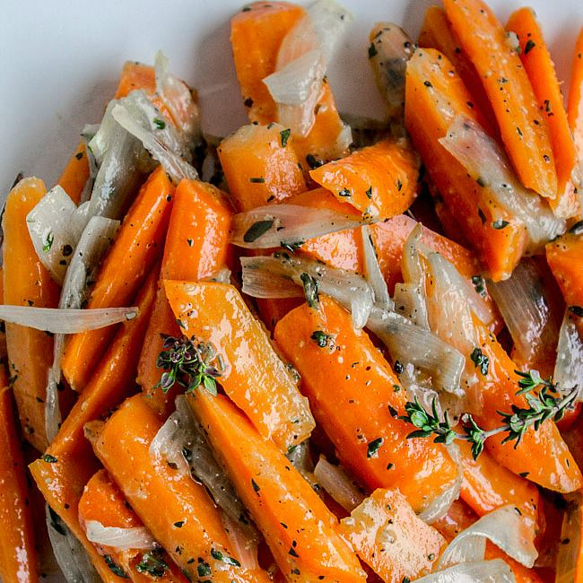 SAUTEED CARROTS AND SHALLOTS WITH THYME
