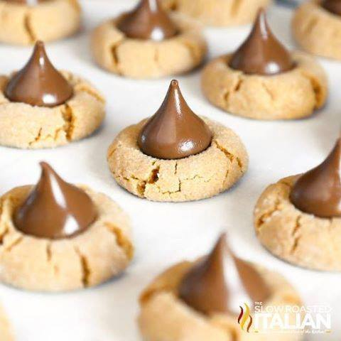 4 INGREDIENT PEANUT BUTTER BLOSSOM COOKIES