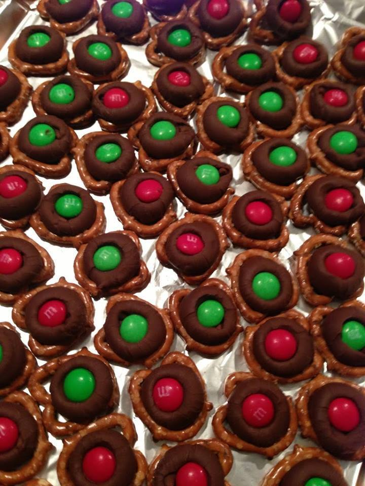 CHRISTMAS CHOCOLATE M & M PRETZELS