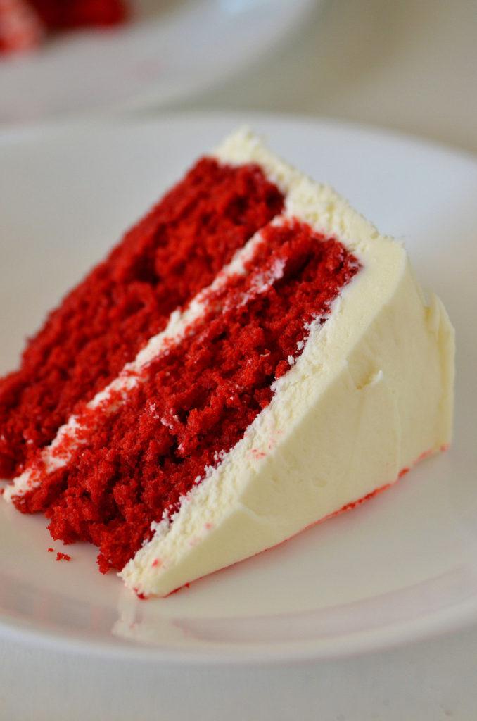 red_velvet_cake2_lifeinthelofthouse1-768x1160