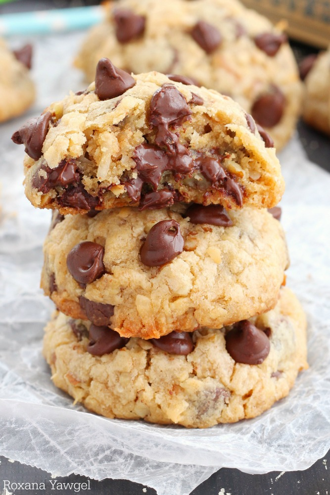 LOADED CHOCOLATE CHIP COOKIES