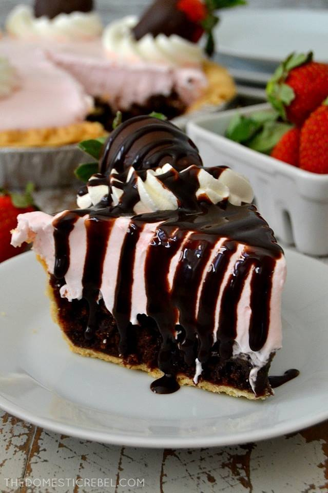 Chocolate Covered Strawberry Brownie Pie