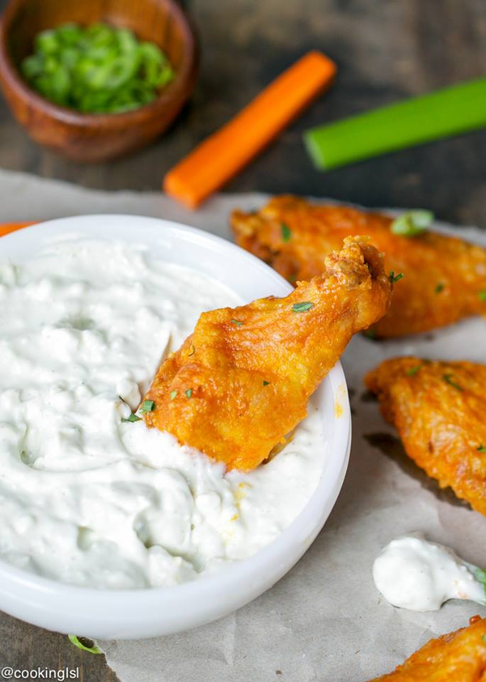 Crispy oven baked buffalo wings with blue cheese dip for How to cook buffalo fish