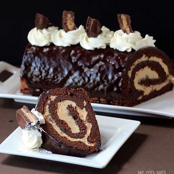 PEANUT BUTTER AND CHOCOLATE ROLL