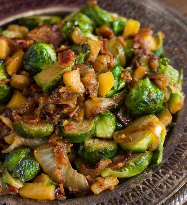 BACON APPLE & CARAMELIZED ONION BRUSSELS SPROUTS - Maria's ...