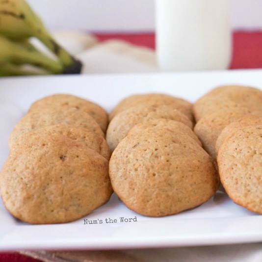 SOFT  AND CHEWY BANANA BREAD COOKIES