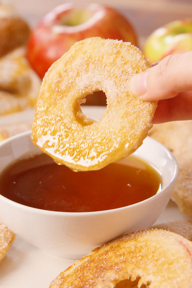 APPLE PANCAKE DIPPERS