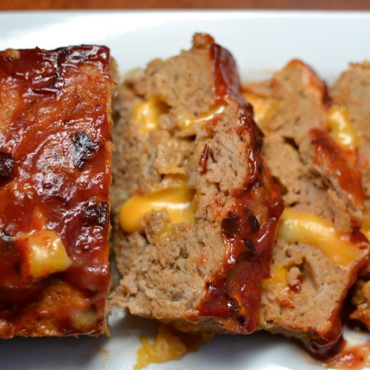 COLBY JACK MEATLOAF WITH CHIPOLTE KETCHUP