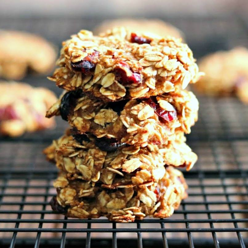 Healthy Cranberry Oatmeal Breakfast Cookies