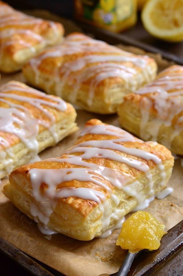 Maria's Mixing Bowl | Lemon Cheesecake Hand Pies