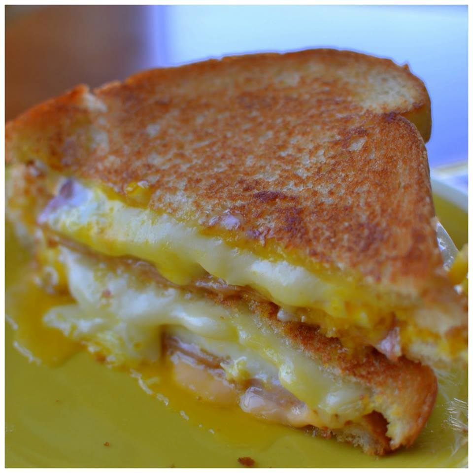 Easy Breakfast Grilled Cheese