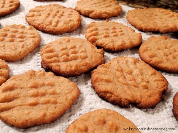 No Flour/No Sugar Peanut Butter Cookies