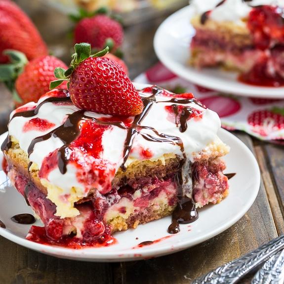 No-Bake StrawberryLasagna
