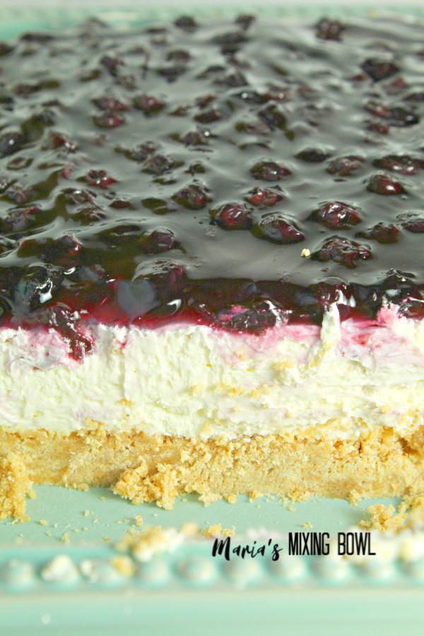 Creamy buttery No Bake Blueberry Cheesecake Bars