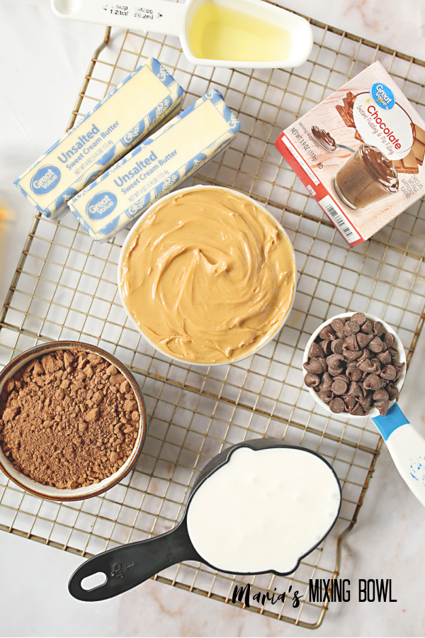 Simple ingredients for chocolate peanut butter cake recipe