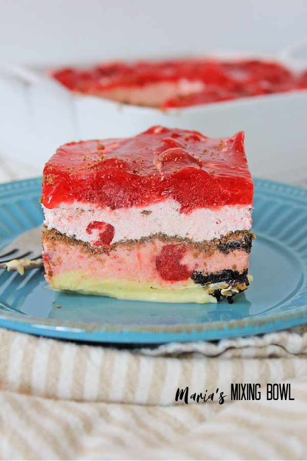 layered Cherry Icebox Cake is so delicious