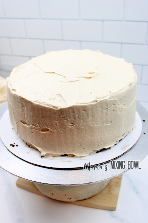 Cake frosted with peanut butter frosting